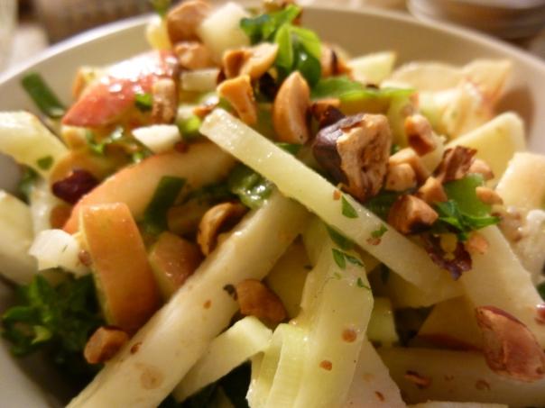 kohlrabi apple salad with hazelnuts